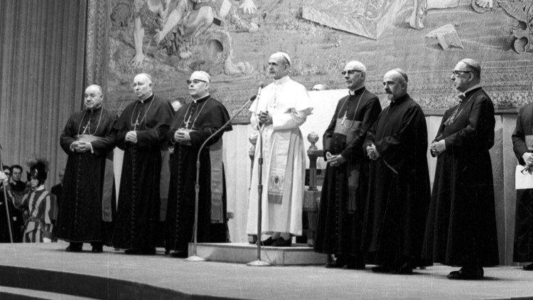 Semeraro recuerda a Pablo VI, modelo de amor y fidelidad a la Iglesia
