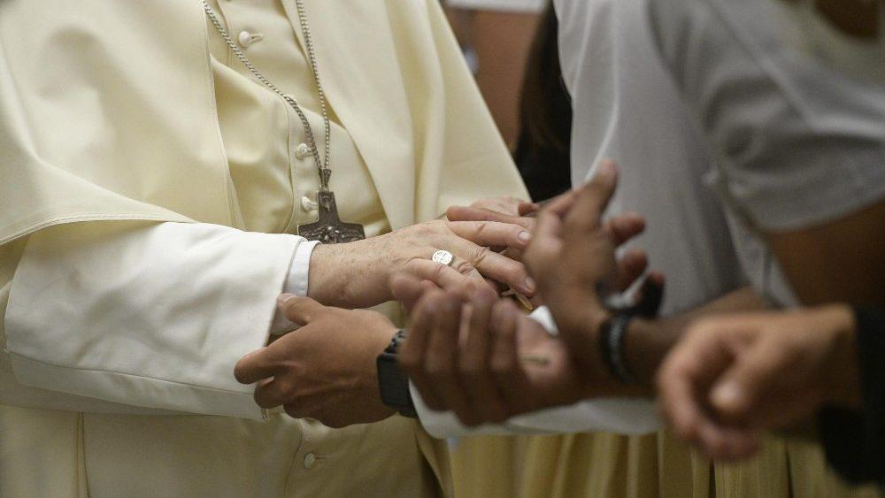 El Papa: La sociedad necesita un yo responsable y no egoísta