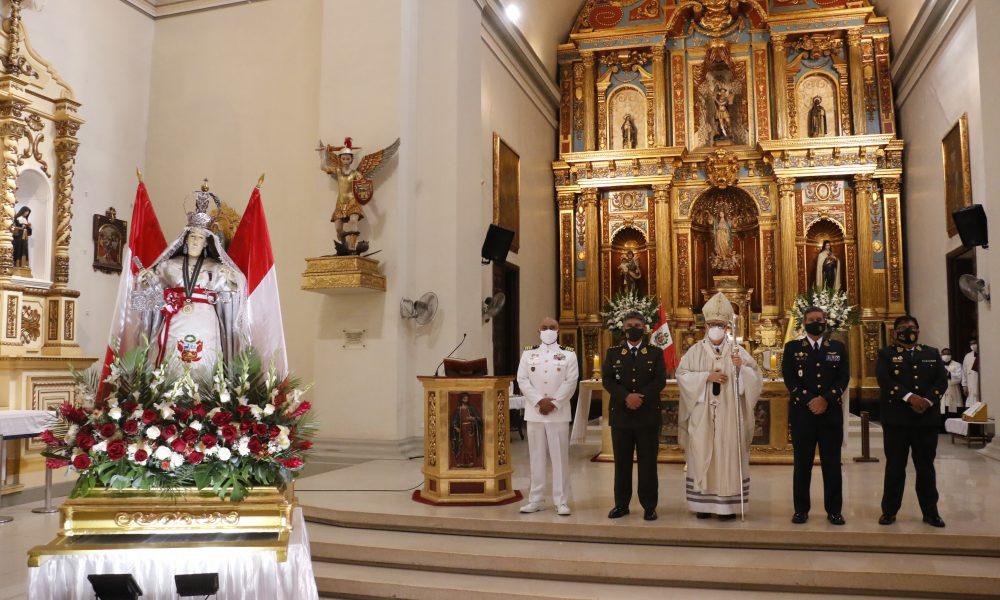 Arzobispo celebra Solemnidad de Nuestra Señora de las Mercedes y rinde homenaje a las Fuerzas Armadas